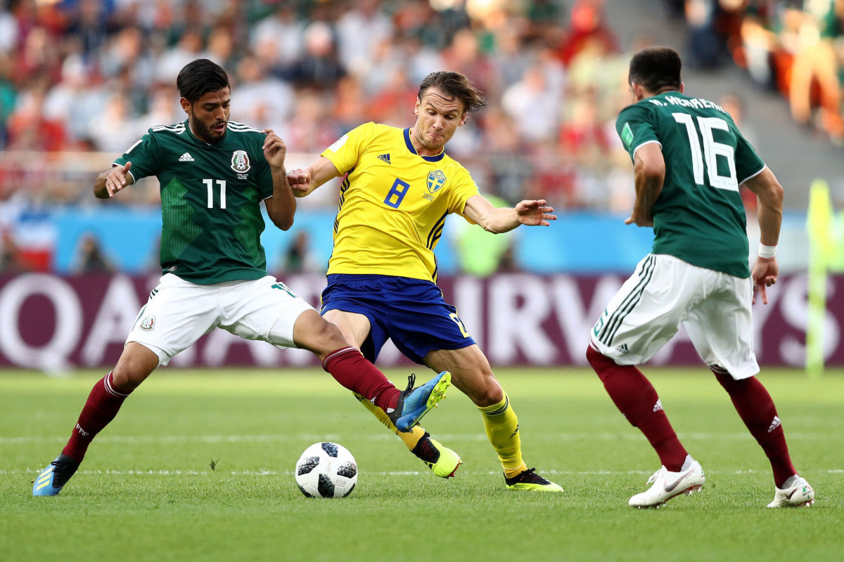 mexico-v-sweden-group-f-2018-fifa-world-cup-russia-5b33a1597134f6d5a800001d.jpg