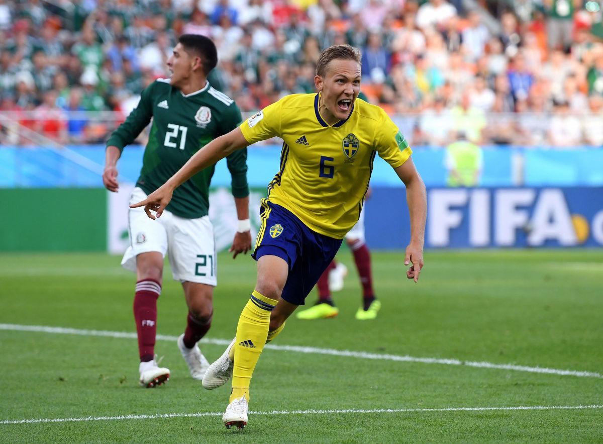 mexico-v-sweden-group-f-2018-fifa-world-cup-russia-5b33abd9f7b09dfaf0000022.jpg