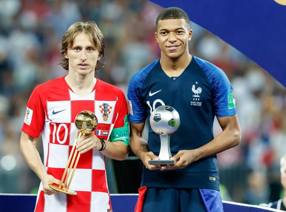france-v-croatia-2018-fifa-world-cup-russia-final-5befcd1b9fccbab034000003.jpg