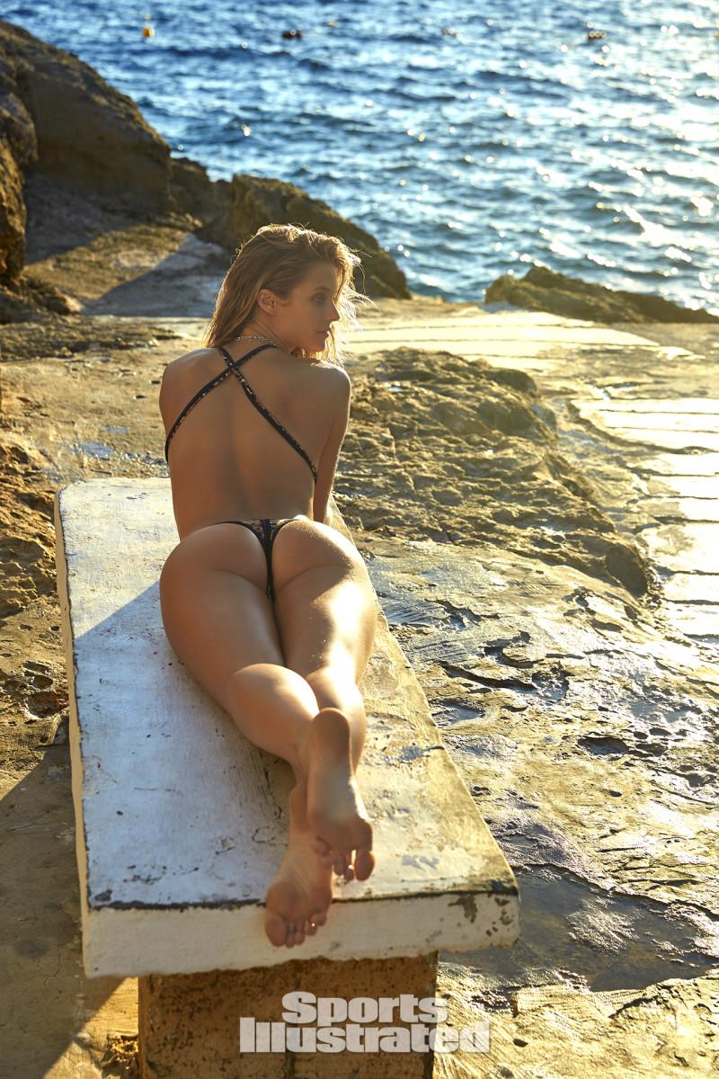 Kate Bock 2016 web X159794_TK5_10231-rawWMFinal1920.jpg