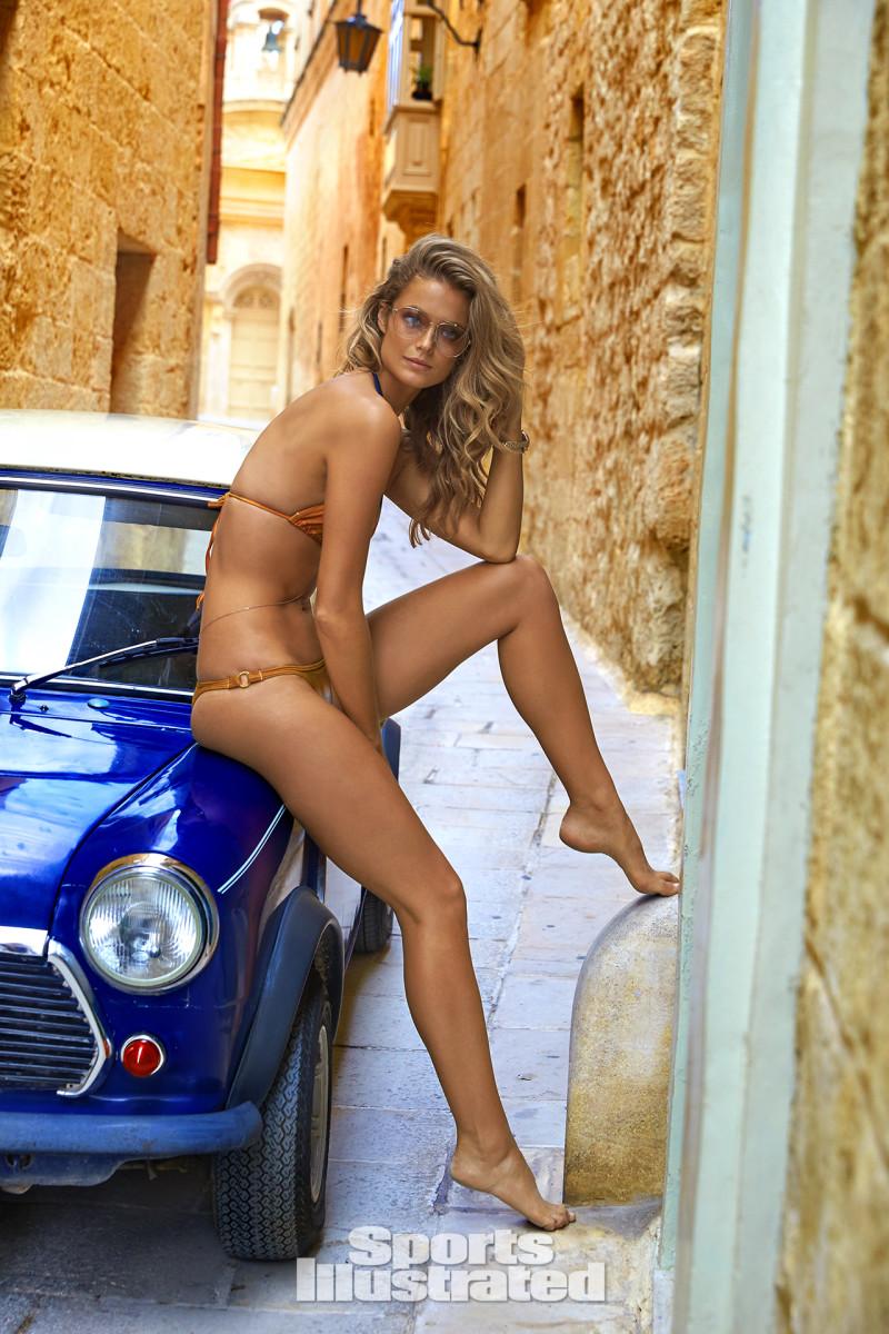Kate Bock 2016 web X159794_TK5_12959-rawWMFinal1920.jpg