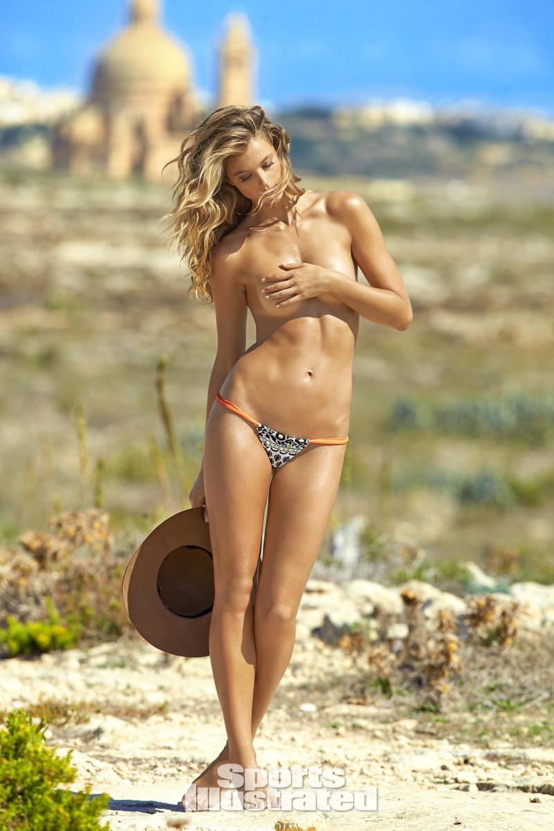 Kate Bock 2016 web X159794_TK5_04533-rawWMFinal1920.jpg