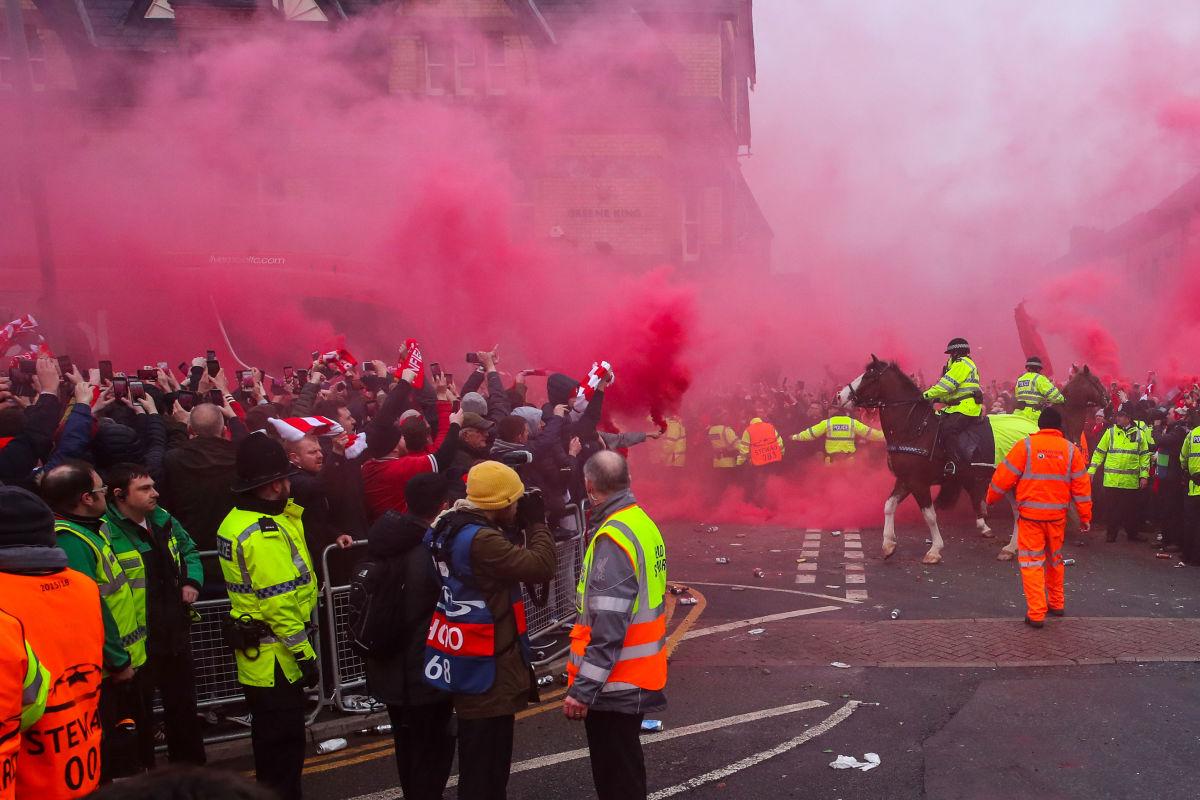 liverpool-v-manchester-city-uefa-champions-league-quarter-final-leg-one-5bb5e49b22901216af00001b.jpg