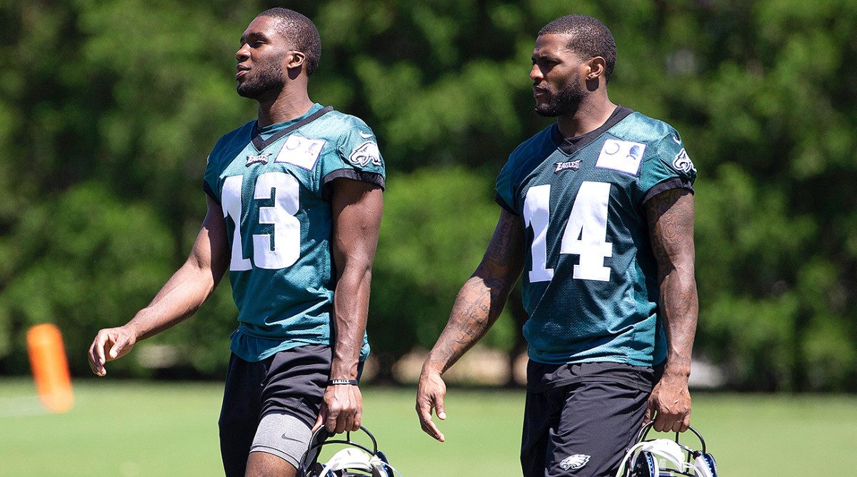 nelson-agholor-mike-wallace-eagles.jpg