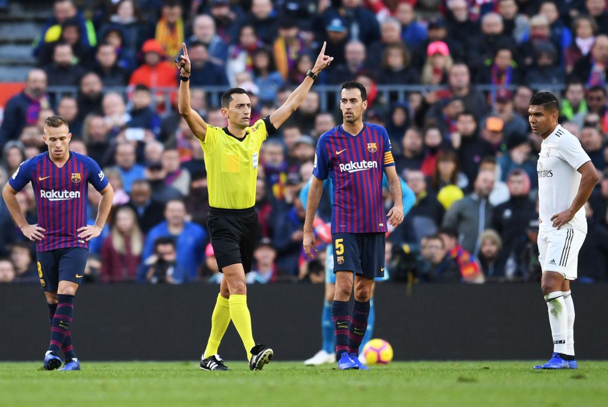 fc-barcelona-v-real-madrid-cf-la-liga-5bd734d8da3ee7d93a000001.jpg
