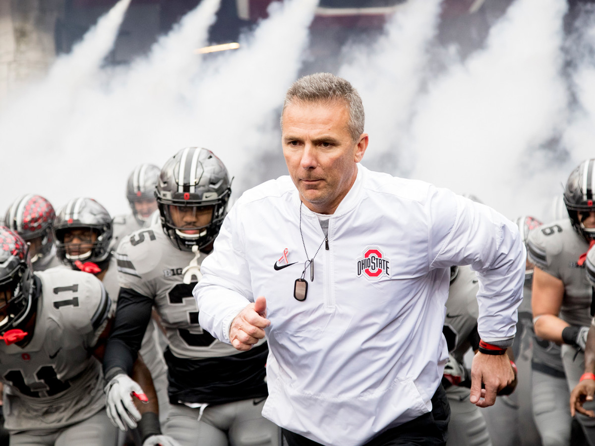 urban-meyer-ohio-state-tunnel.jpg