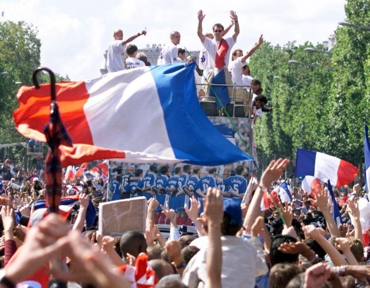 cup-fr98-ra-parde-flag-5afaa746f7b09df4e800000e.jpg
