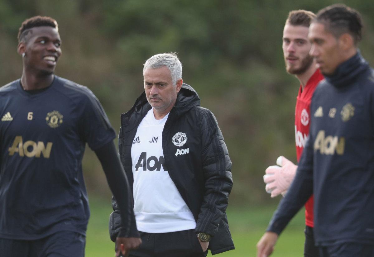 mourinho-pogba-man-united-training.jpg