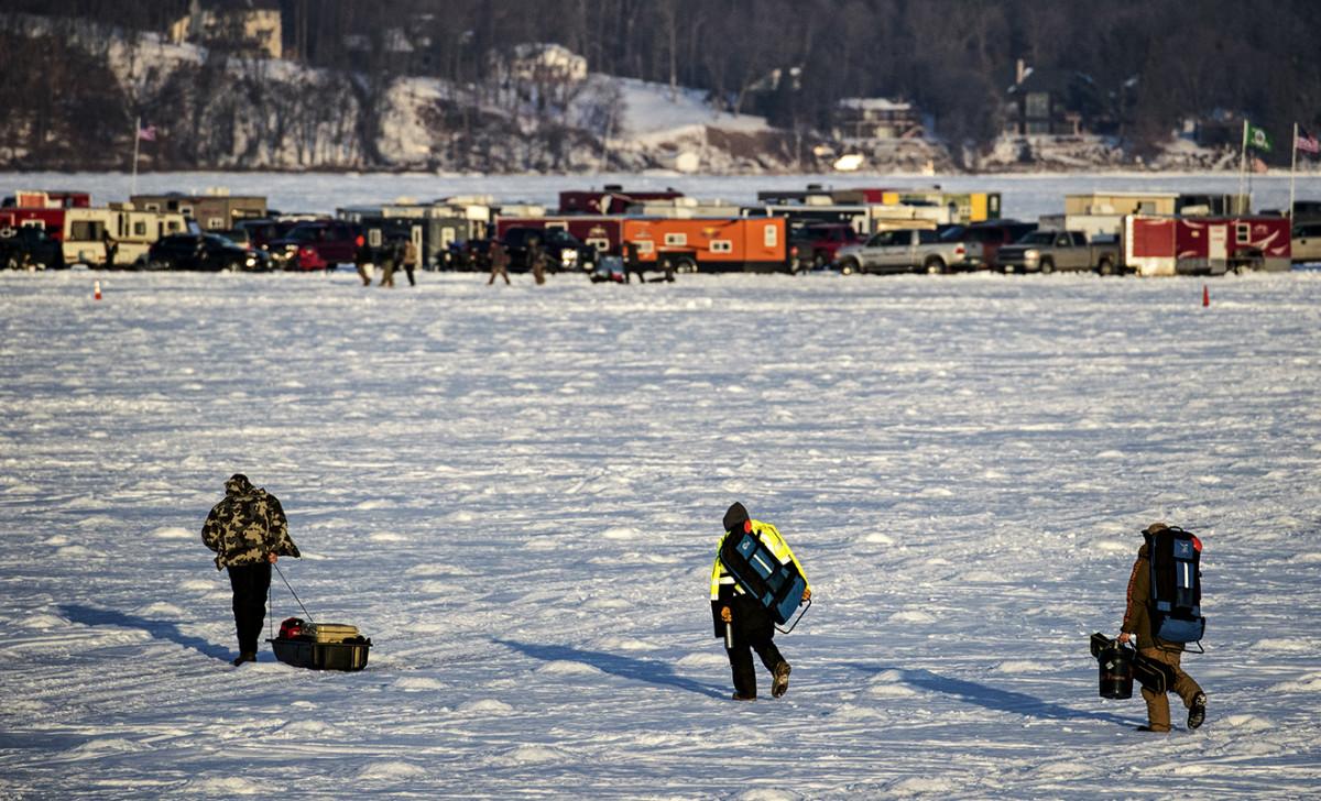 20180130_icefishing_00004.JPG