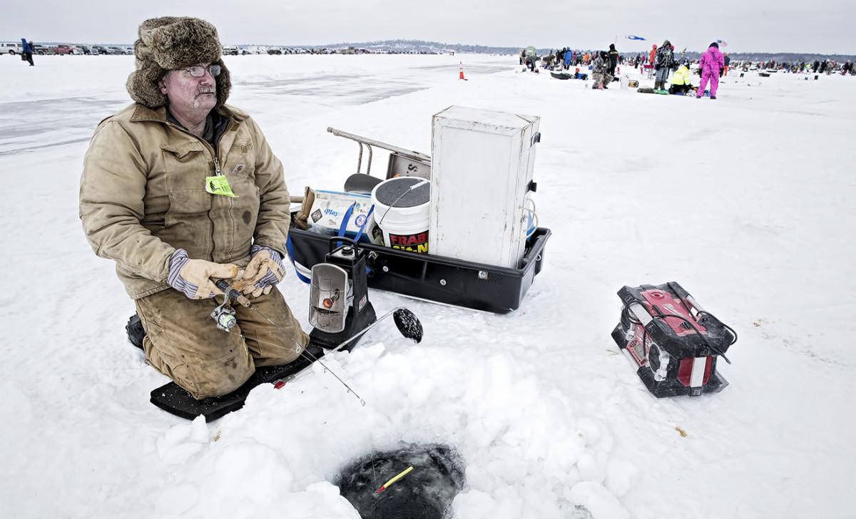 20180130_icefishing_00011.JPG