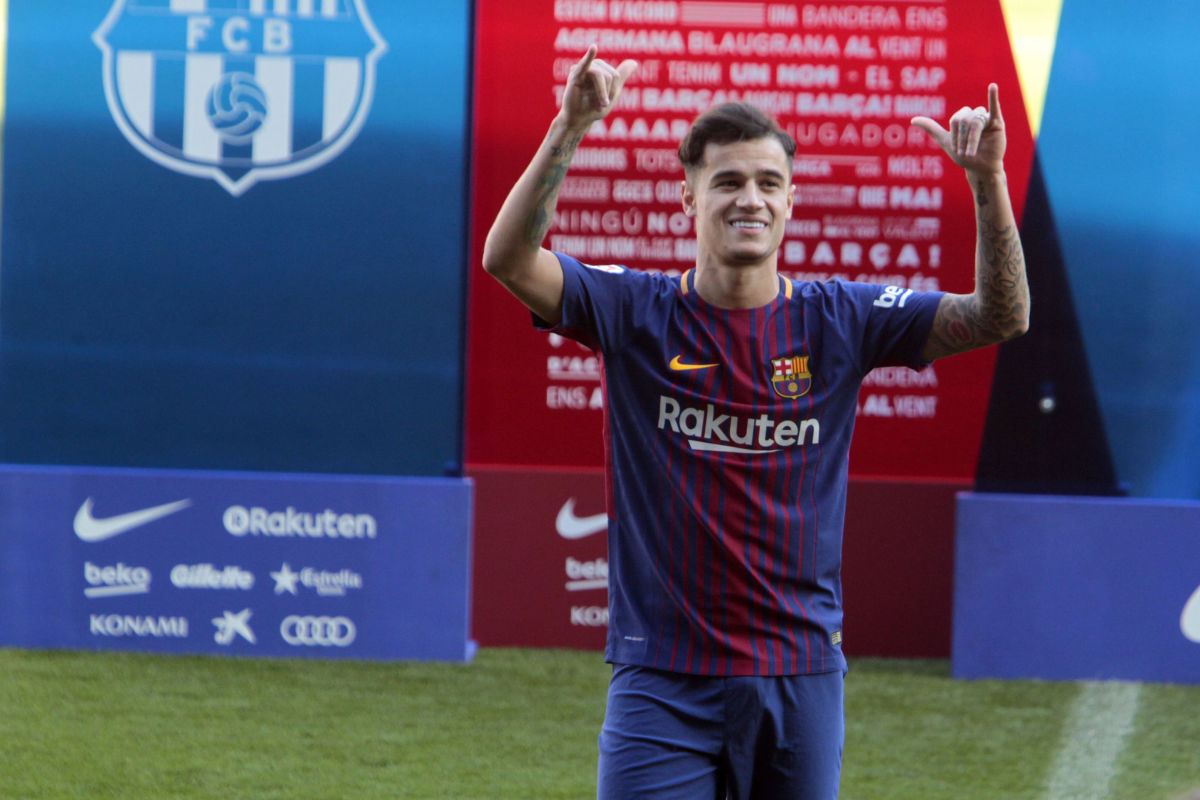 new-barcelona-signing-philippe-coutinho-unveiled-5b43a21273f36cf830000008.jpg