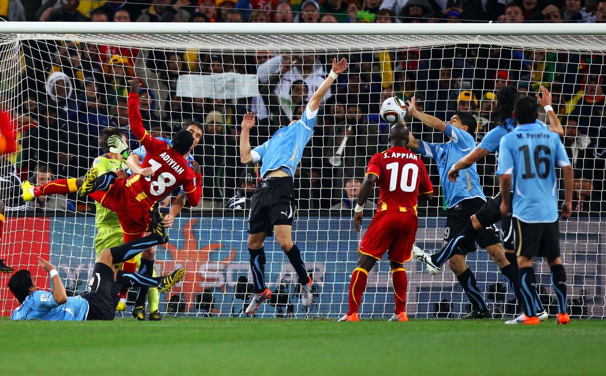 uruguay-v-ghana-2010-fifa-world-cup-quarter-finals-5b3b6f2ef7b09d8c10000029.jpg