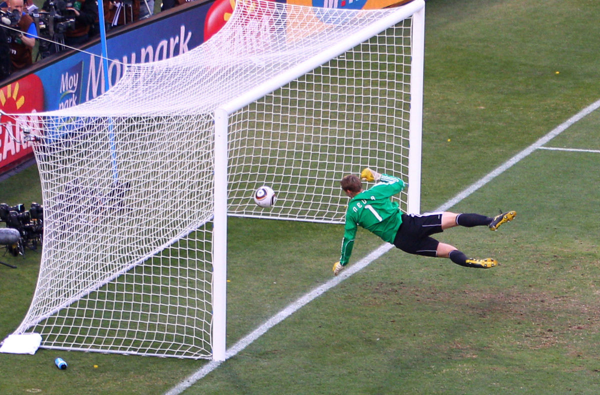 germany-v-england-2010-fifa-world-cup-round-of-sixteen-5b2245723467ac0216000005.jpg