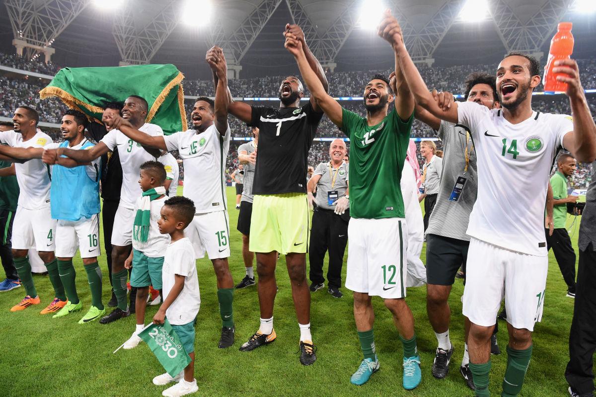 saudi-arabia-v-japan-fifa-world-cup-qualifier-5b0e7b3a73f36cdf2f00000d.jpg