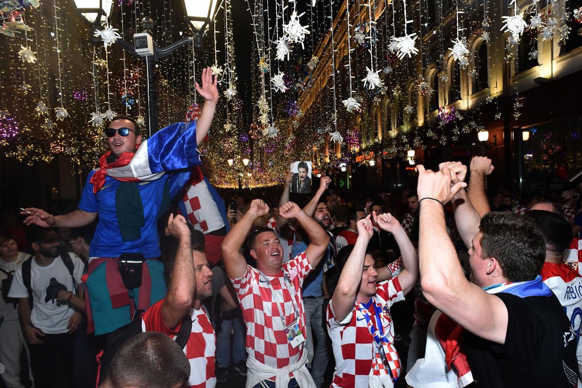 croatia-scores-goalie.jpg