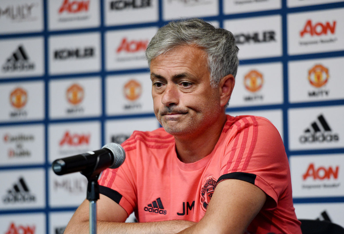 manchester-united-pre-season-training-and-press-conference-5b5c574bf7b09dccaa00003a.jpg