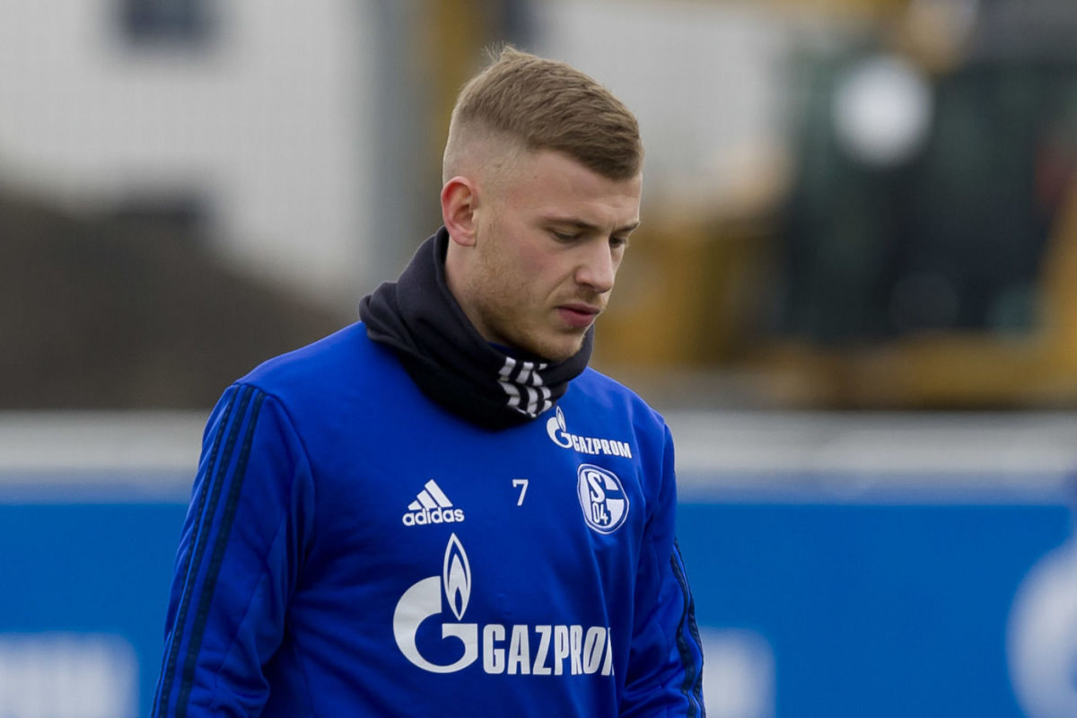 schalke-04-training-session-5b6046b1c97664b7e9000002.jpg