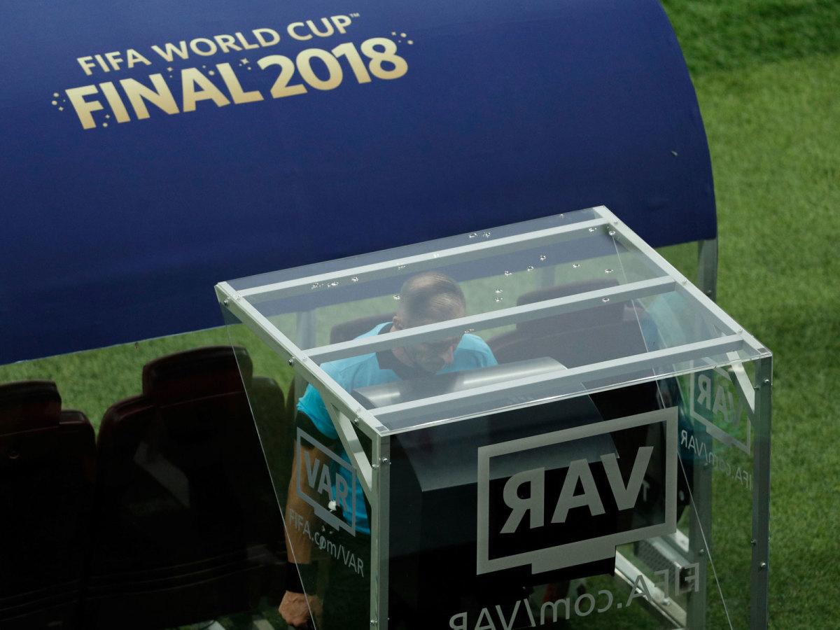 pitana-var-world-cup-final-france-croatia.jpg