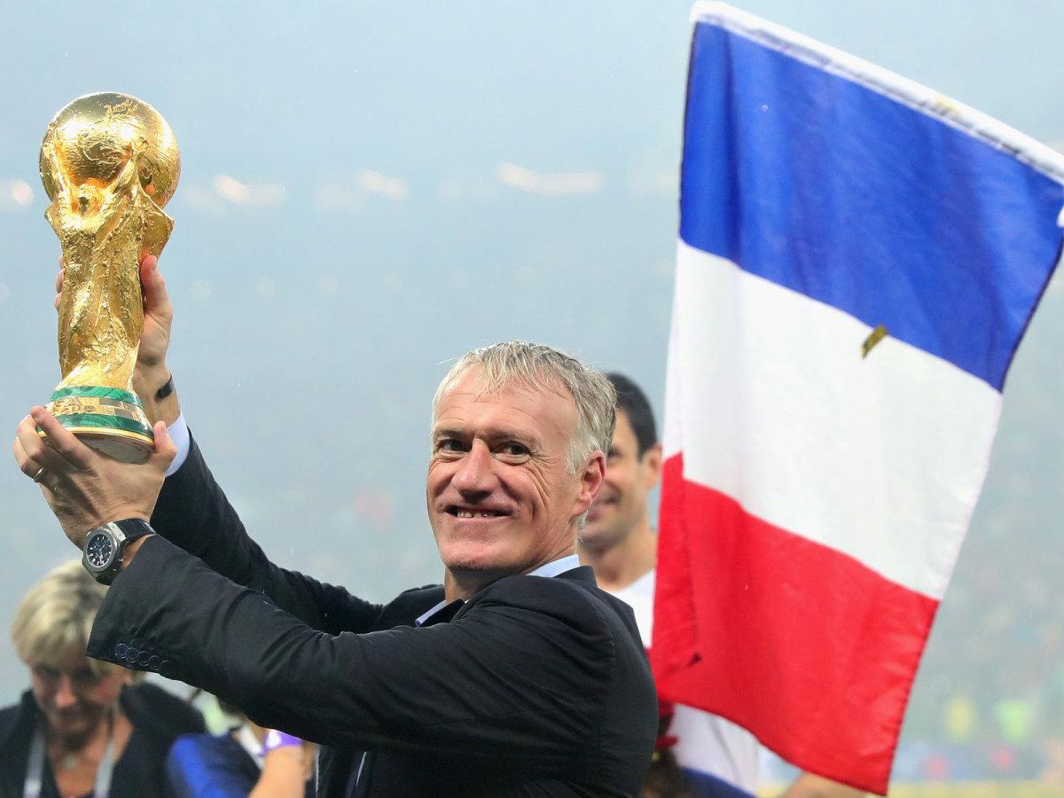 didier-deschamps-world-cup-trophy.jpg