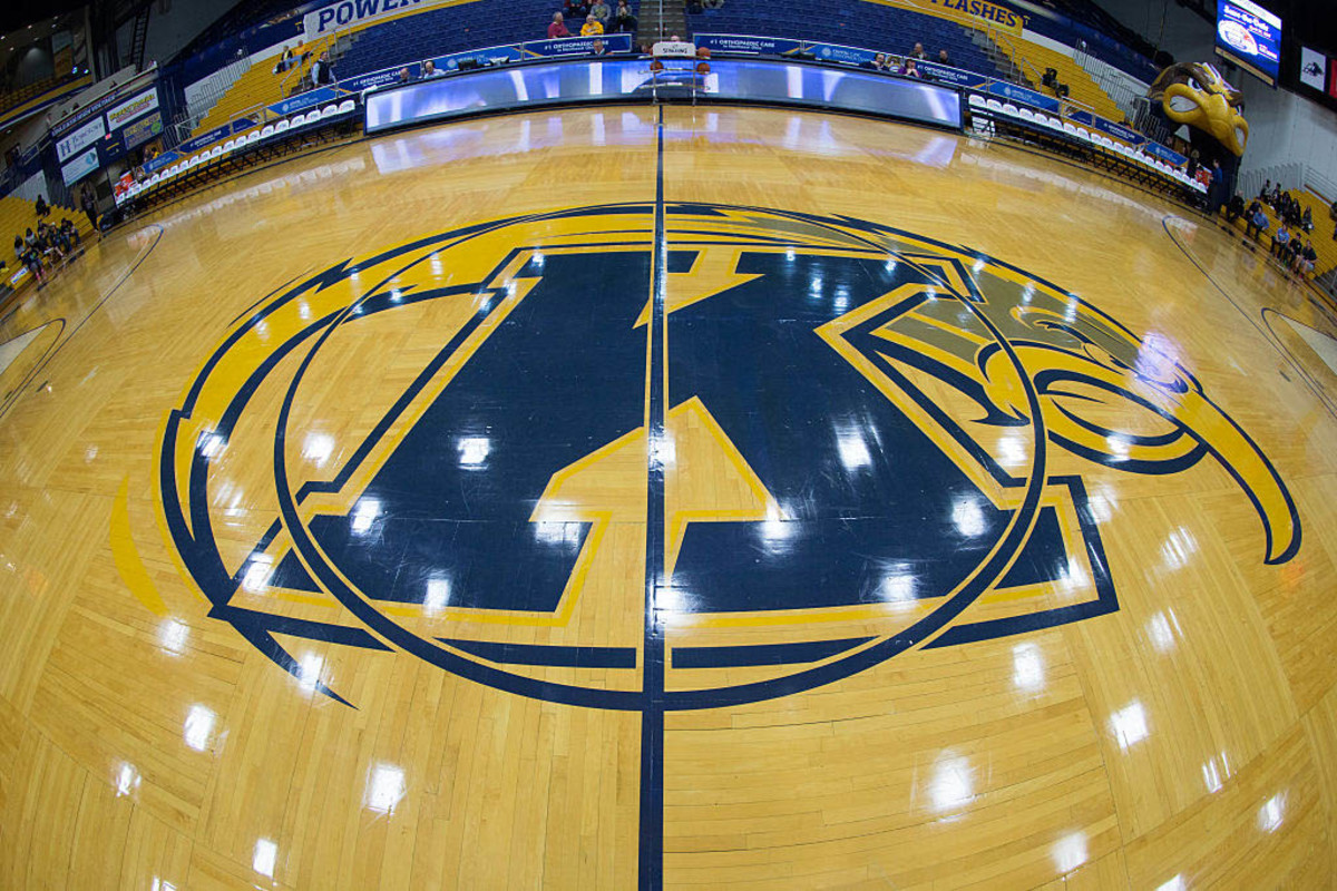 Kent State's Bennett to be first autistic NCAA player