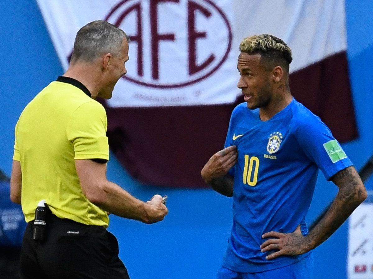 neymar-referee-brazil-costa-rica-world-cup.jpg