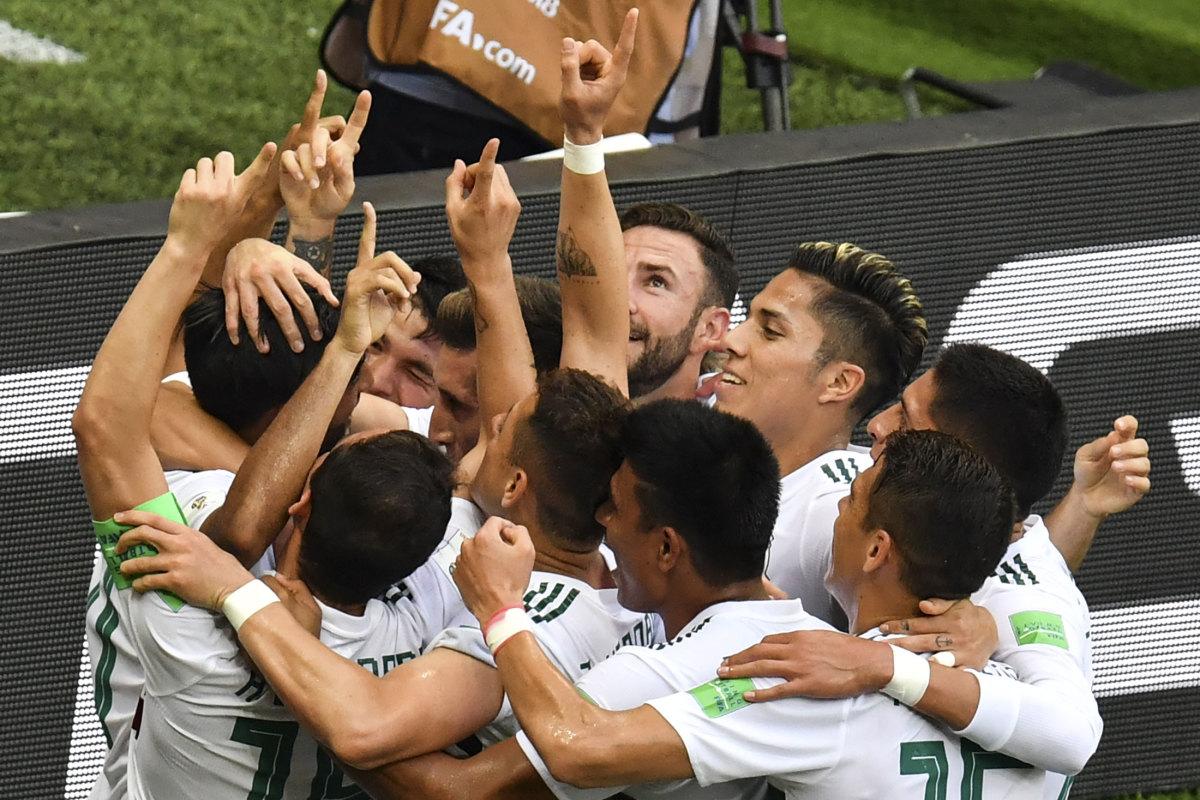 mexico-goal-team-celebration.jpg