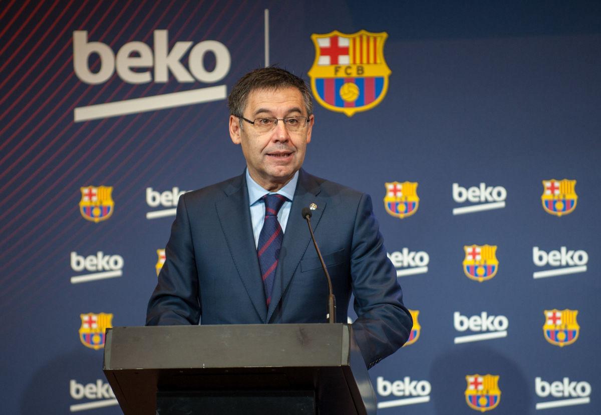 barcelona-fc-and-beko-sponsorship-agreement-presentation-5bfd2578f30be4cbb2000004.jpg
