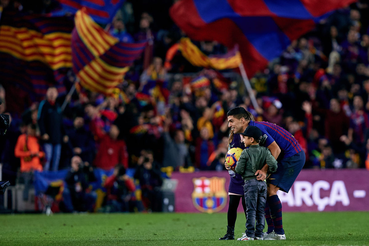fc-barcelona-v-real-madrid-cf-la-liga-5bd6f84ae3e02725e6000001.jpg