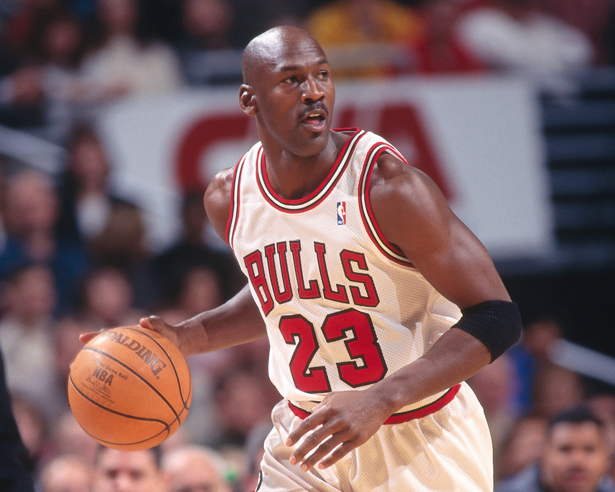 michael-jordan-bulls-best-nba-jerseys.jpg