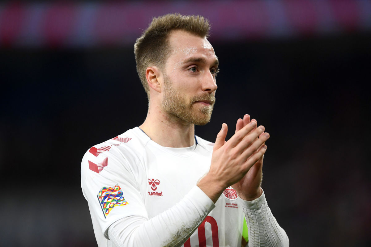 eriksen-acknowledging-the-travelling-support-from-denmark-after-their-victory-in-wales-5bf19f8c313e274dc6000001.jpg