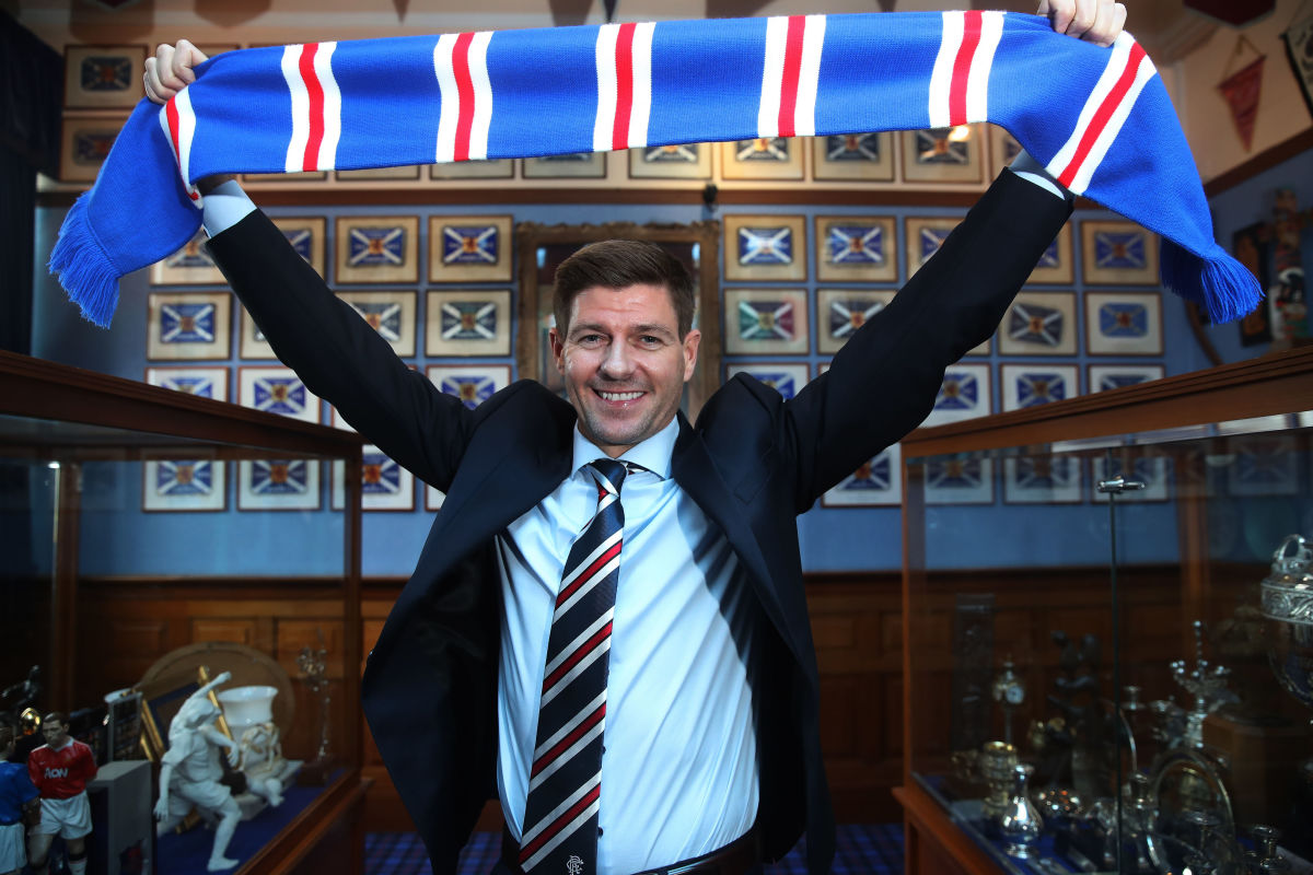 steven-gerrard-is-unveiled-as-the-new-manager-at-rangers-5b30c8967134f66e37000049.jpg