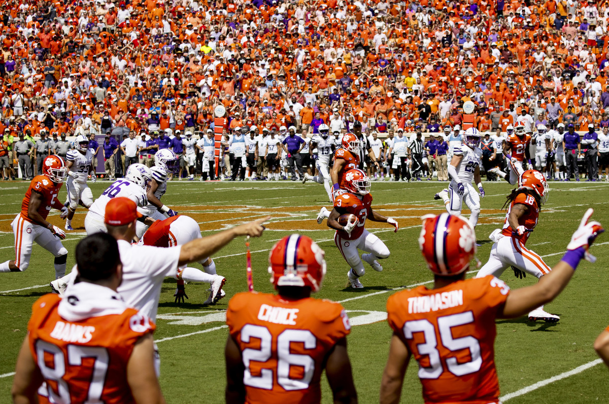 Clemson's Amari Rodgers making a pass vs. Furman at Clemson Memorial Stadium