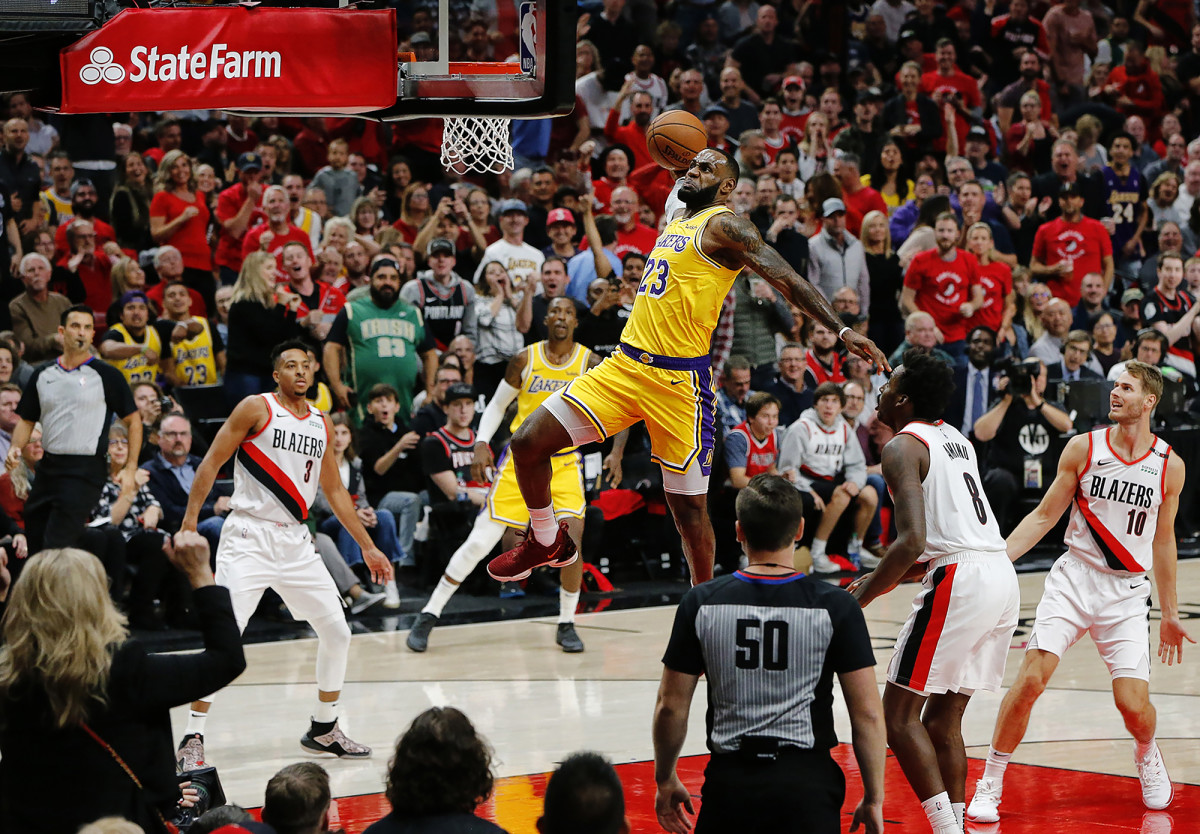 LeBron James of the Lakers in a game against the Portland Trailblazers