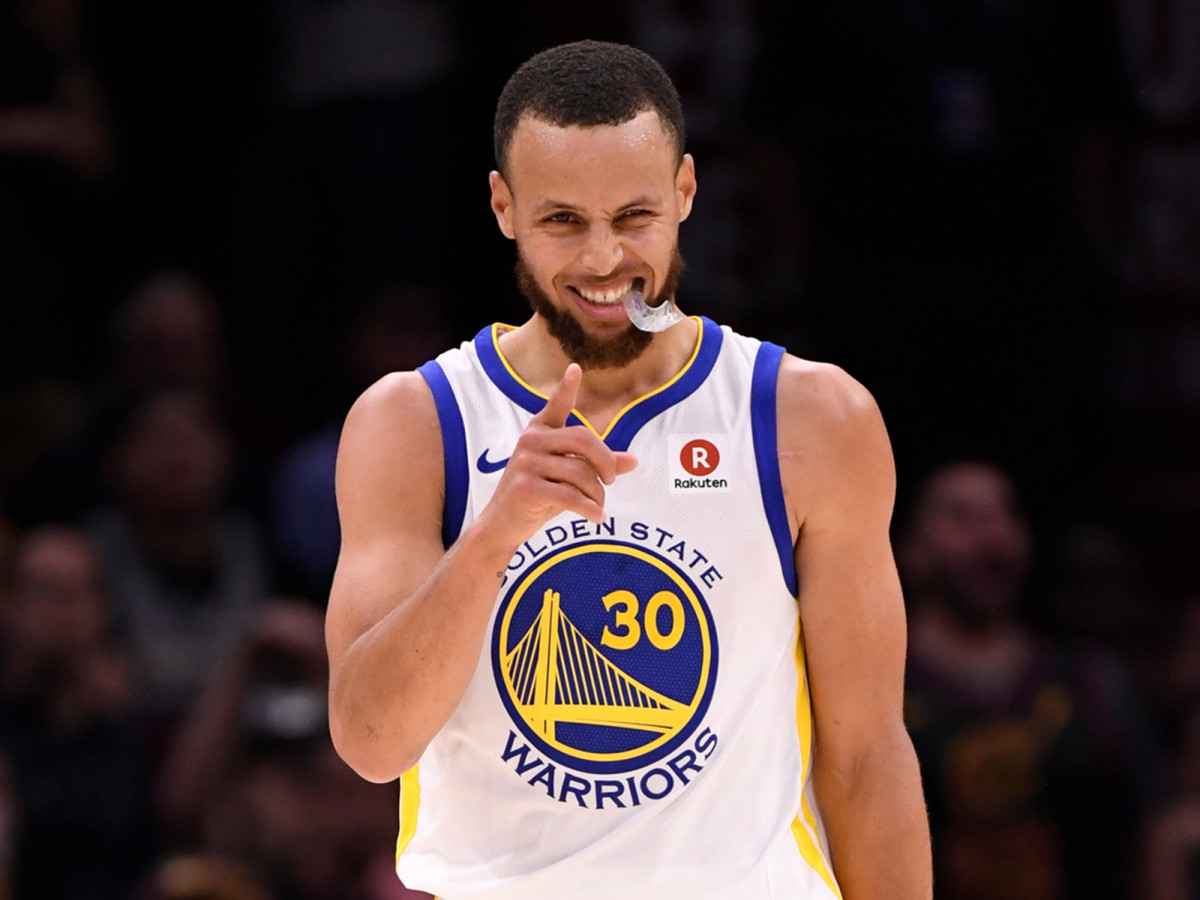 stephen-curry-smile-full-wdith.jpg