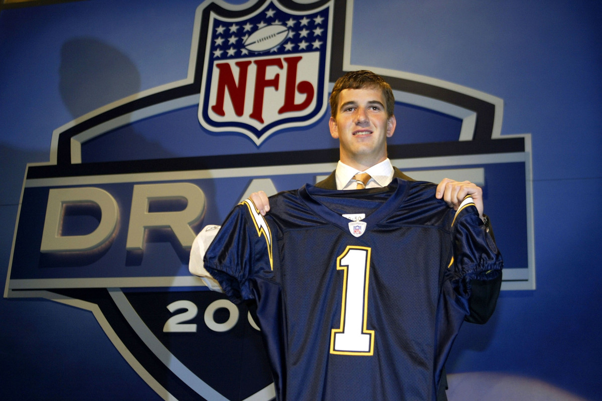 eli-manning-chargers.jpg