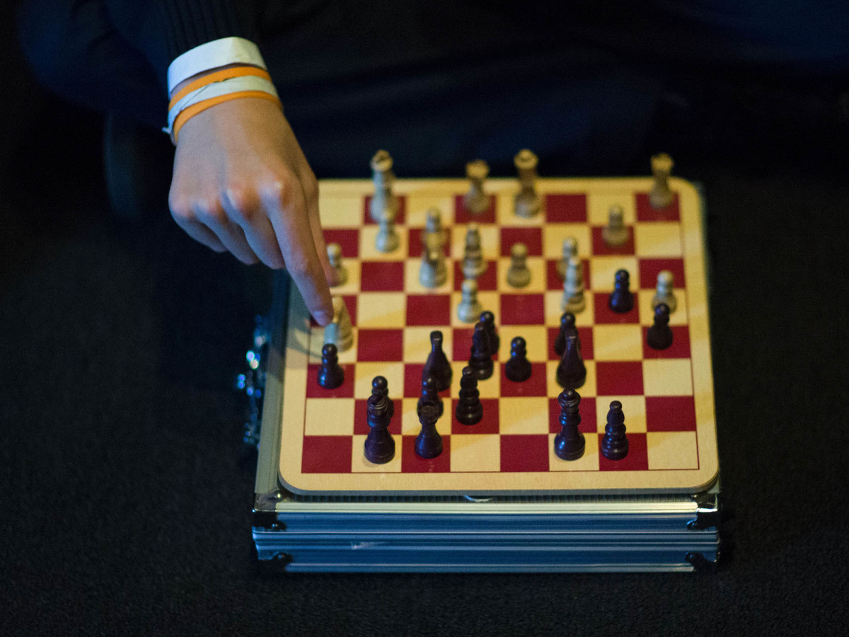 chess-board-moves-inline.jpg