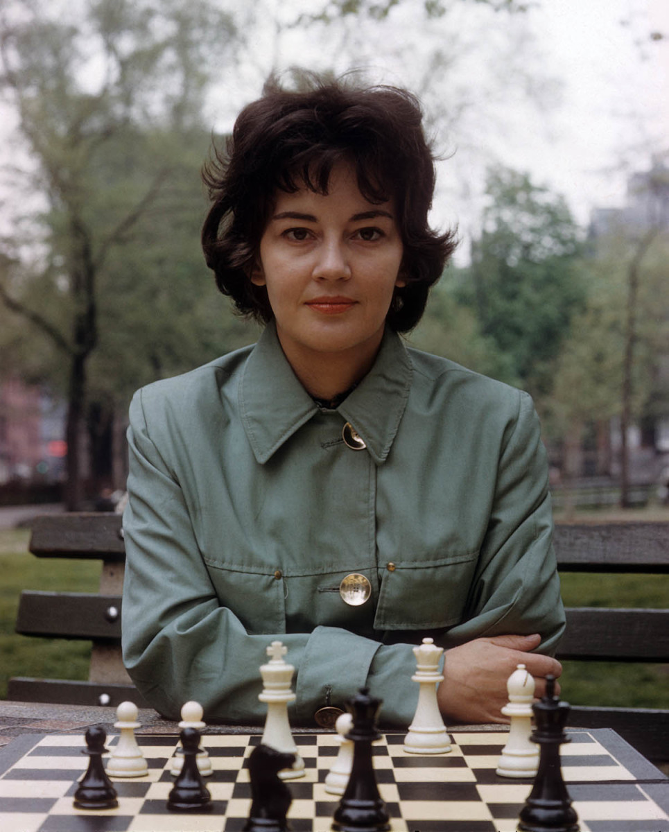 lisa-lane-chess-portrait-inline.jpg