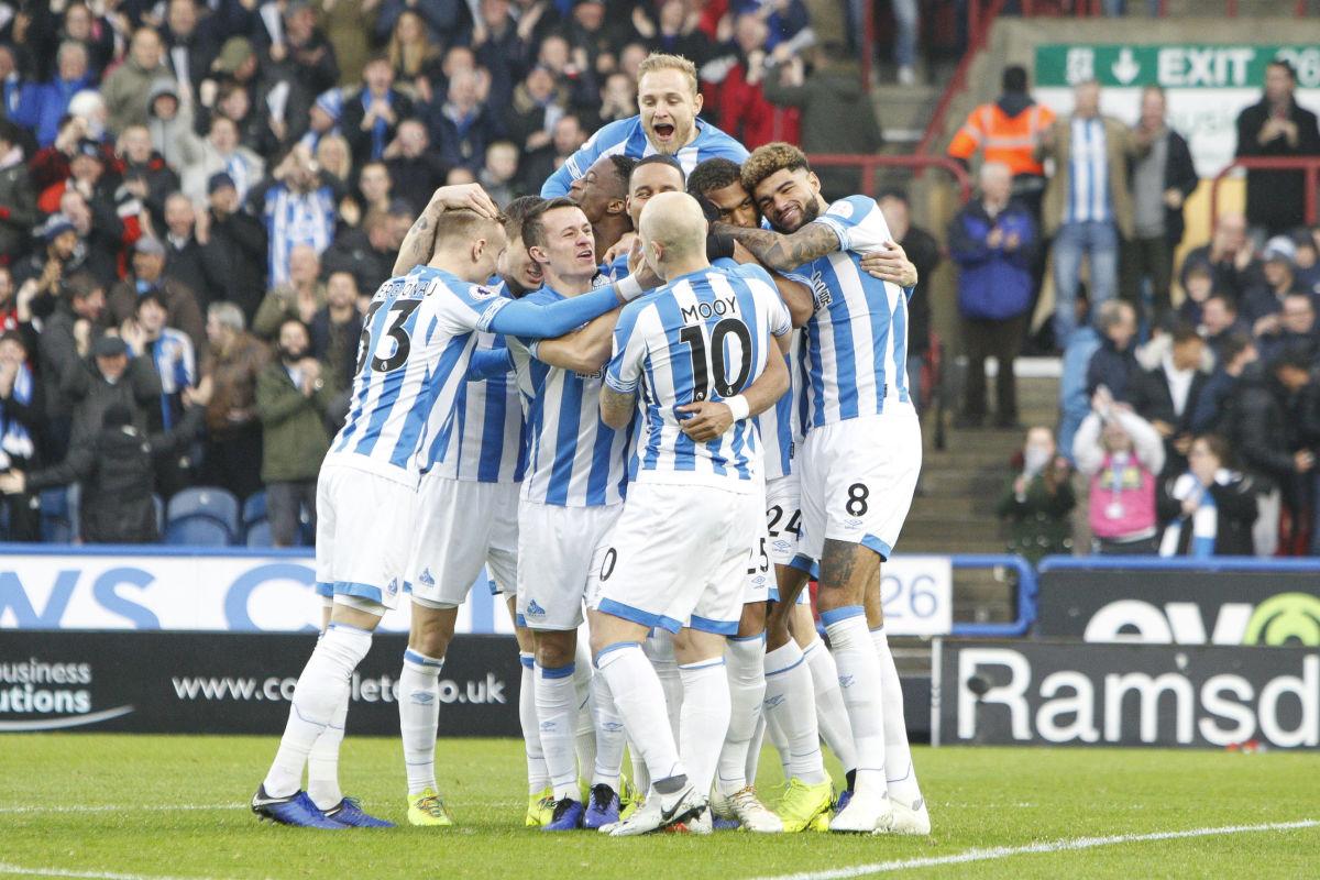 huddersfield-town-v-brighton-hove-albion-premier-league-5c02bc9233455400eb00000d.jpg