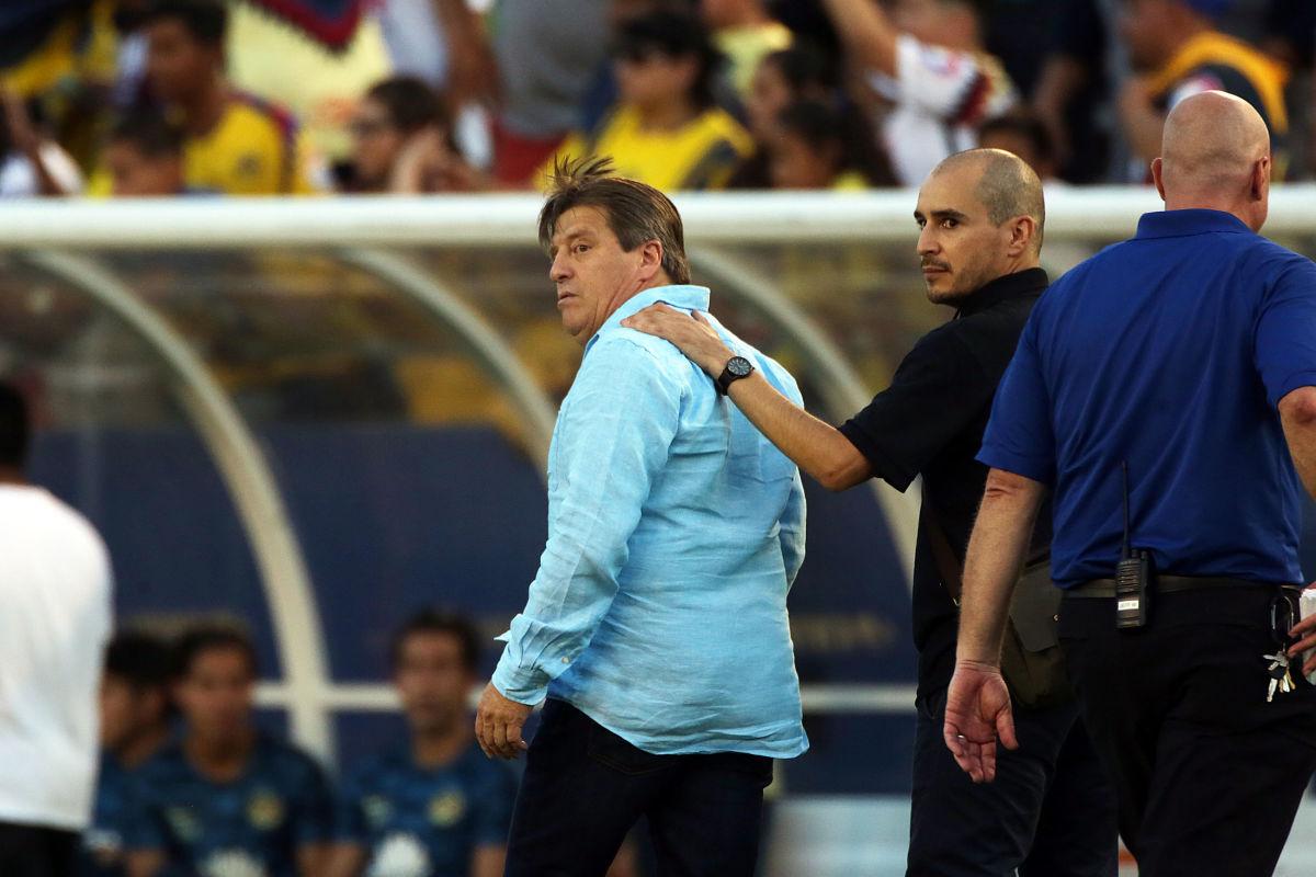 club-america-v-santos-laguna-friendly-match-5b91595ba8f58e7887000012.jpg