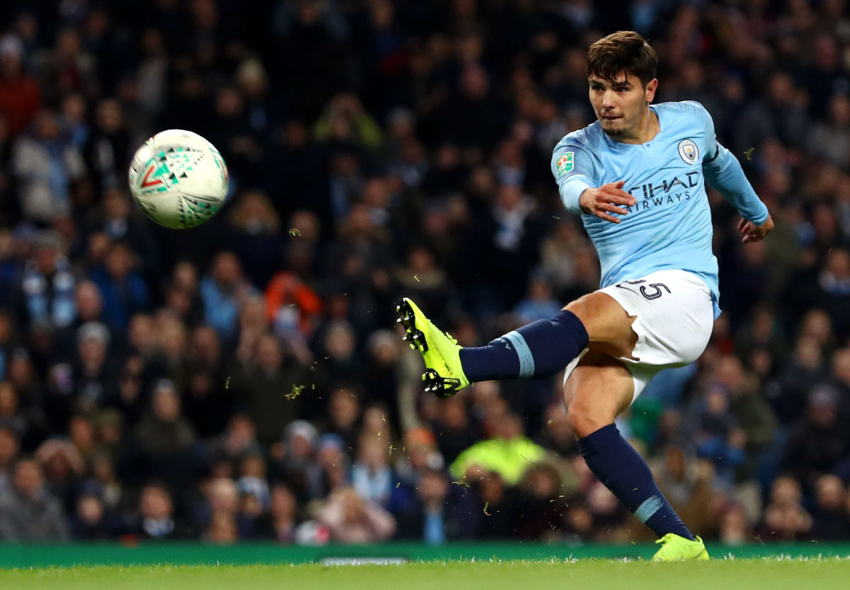 manchester-city-v-fulham-carabao-cup-fourth-round-5bf29ee58a2cc896c200000c.jpg