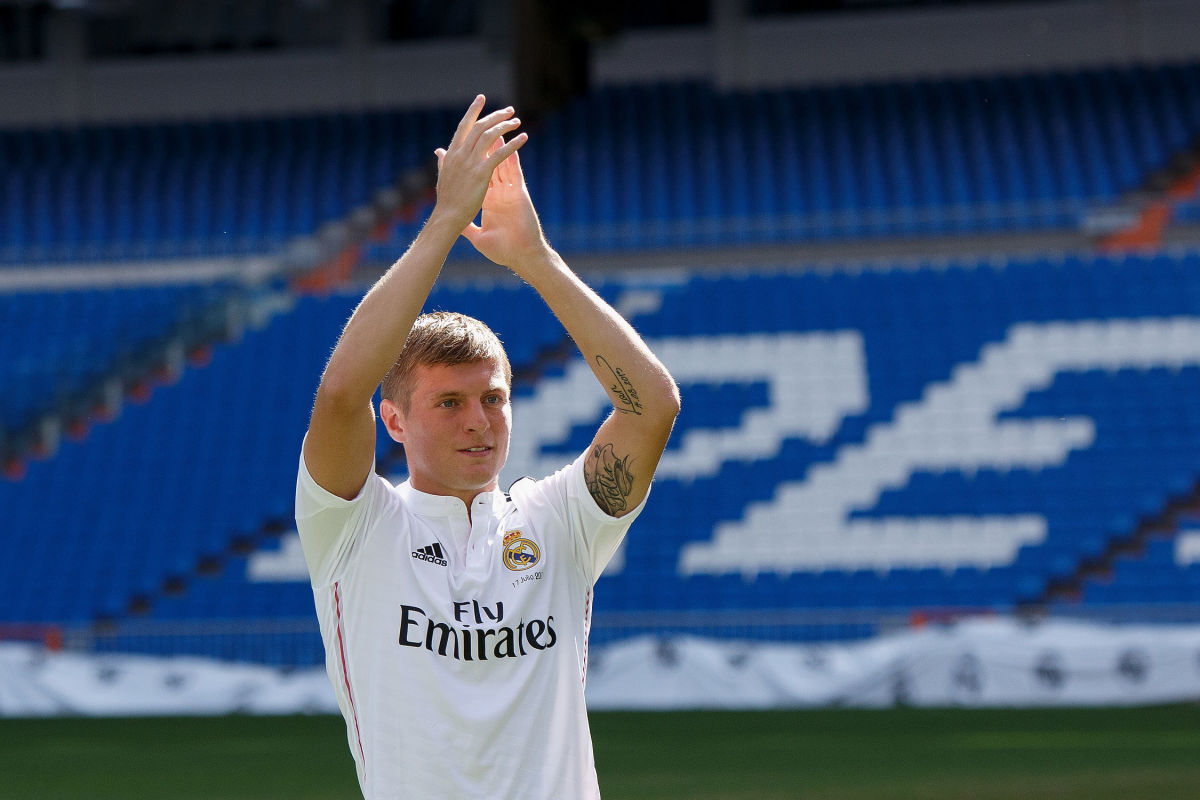 toni-kroos-officially-unveiled-at-real-madrid-5bfd57f4f30be4e6d1000004.jpg