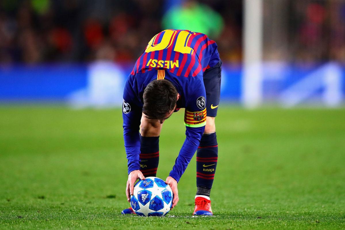 fc-barcelona-v-tottenham-hotspur-uefa-champions-league-group-b-5c24a32d744403e894000003.jpg