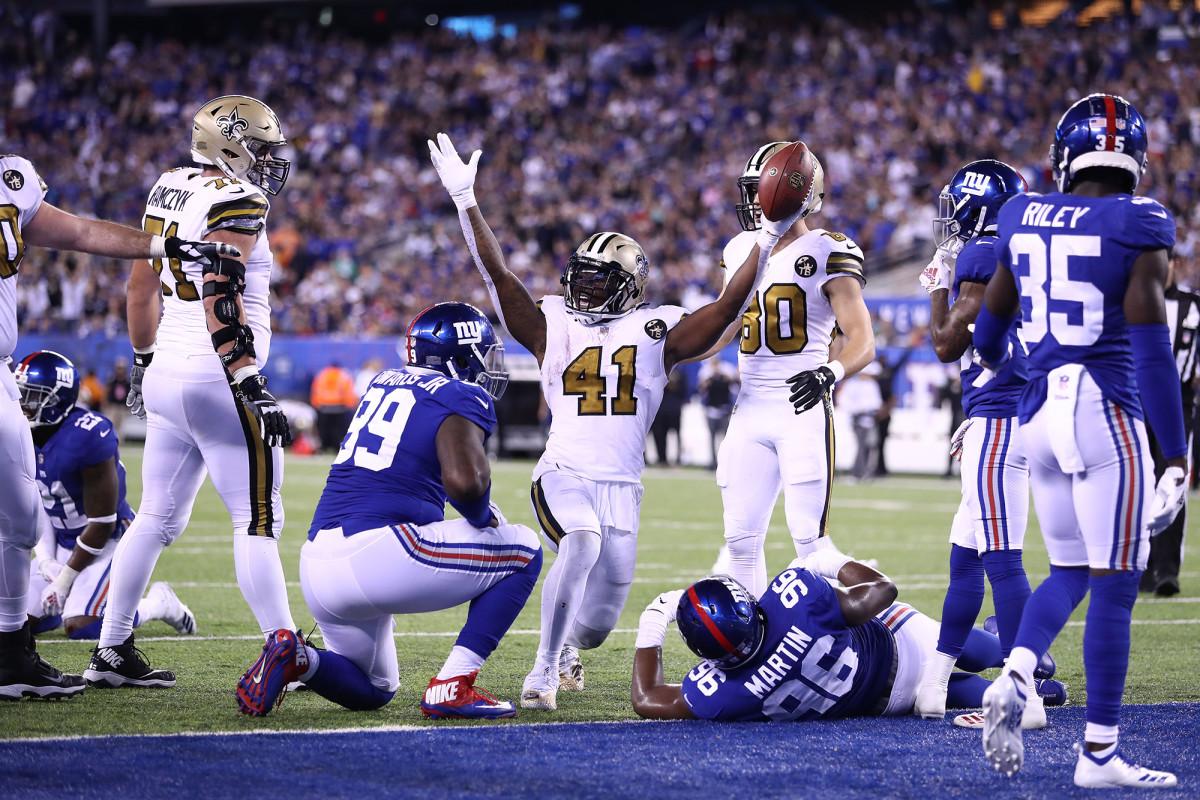 alvin-kamara-touchdown.jpg