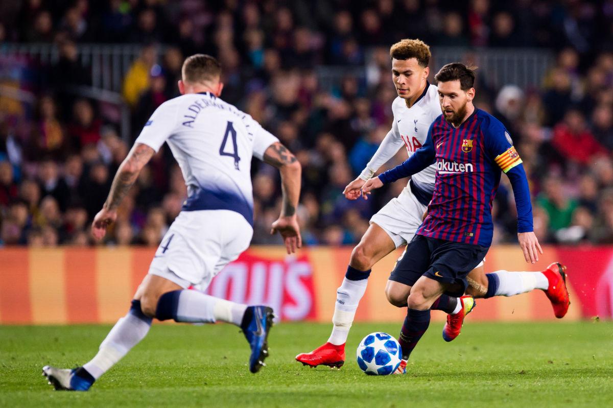 fc-barcelona-v-tottenham-hotspur-uefa-champions-league-group-b-5c24d8ffa9d7303e76000001.jpg