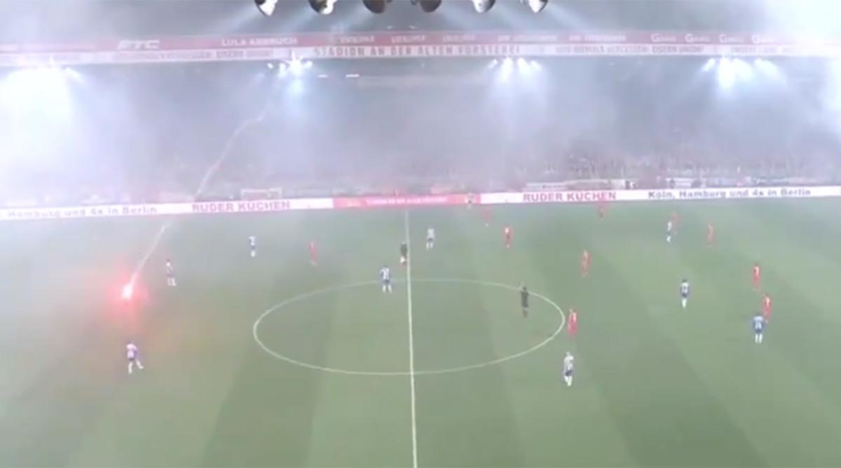 berlin-derby-flares