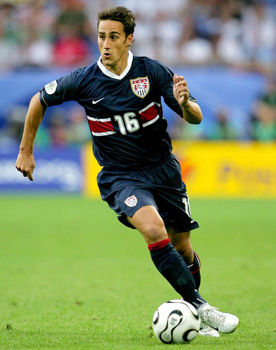 2006-USA-away-uniform-Josh-Wolff.jpg