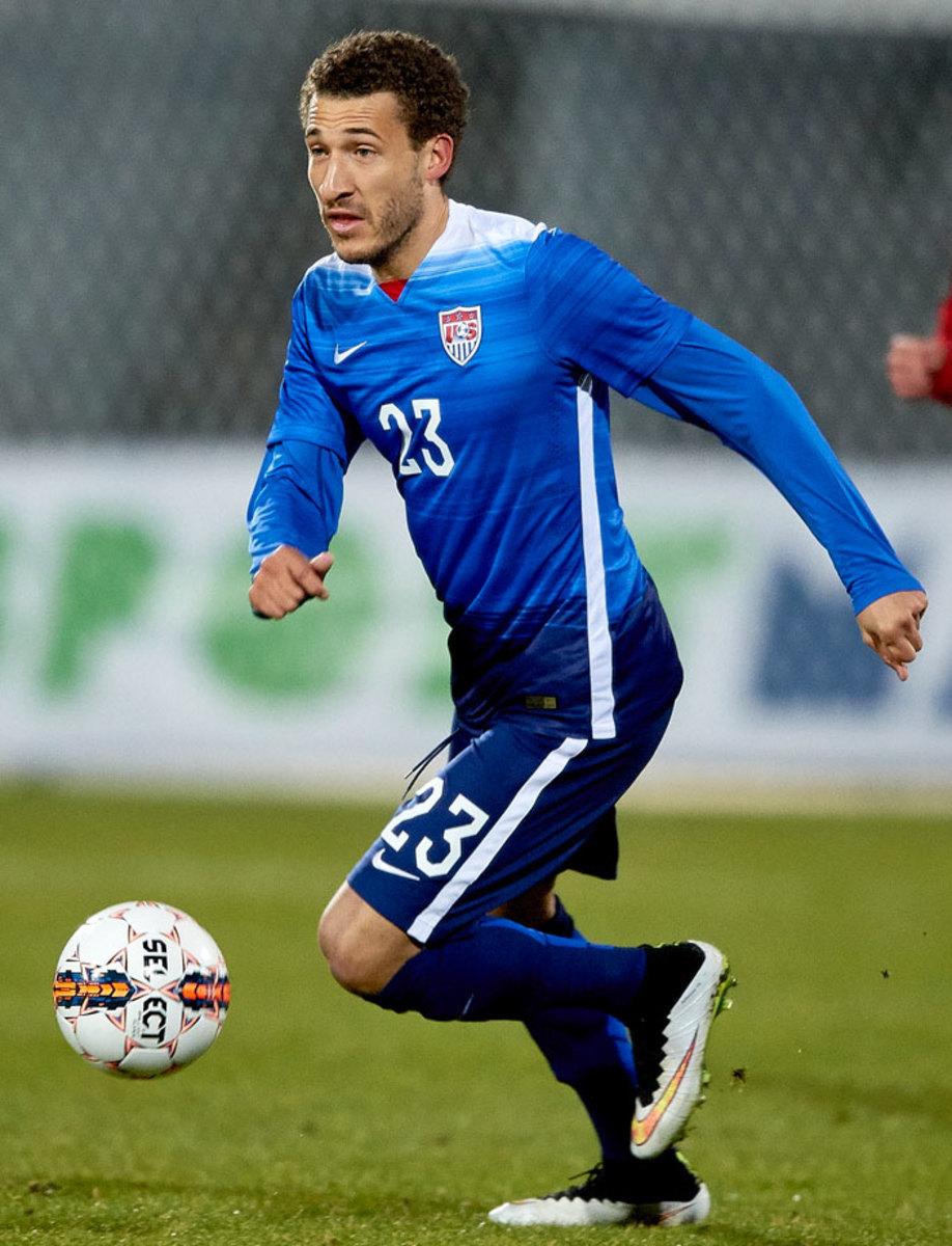 2015-USA-third-uniform-Fabian-Johnson.jpg