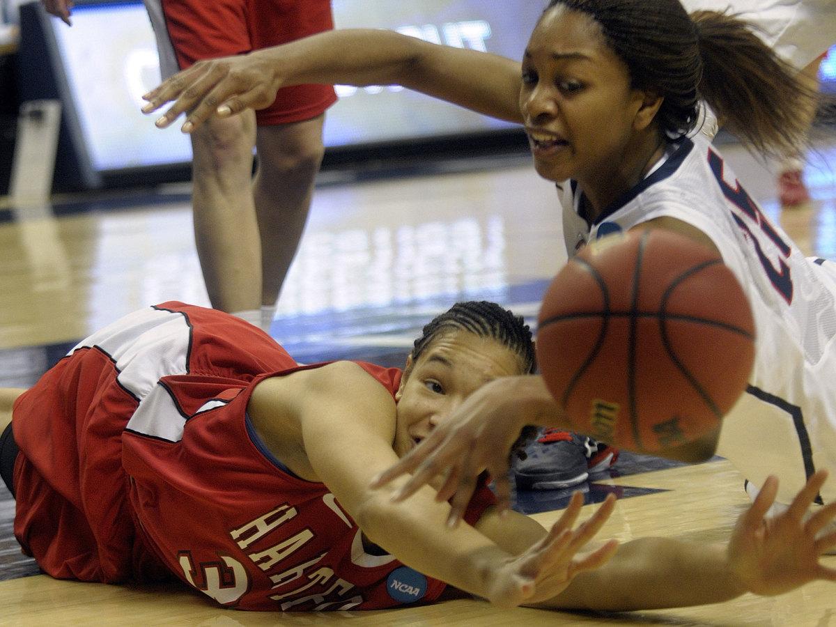 uconn-hartford-womens-basketball.jpg