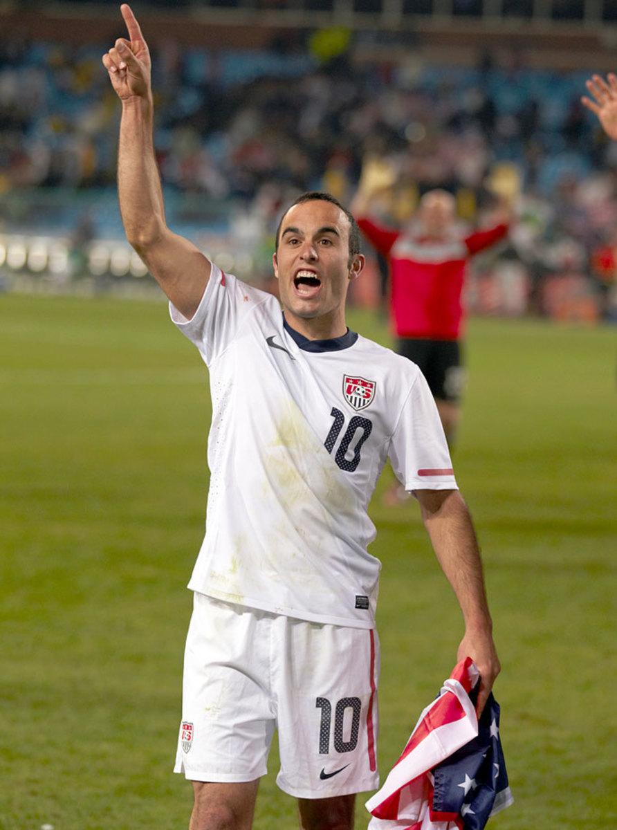 2010-USA-home-uniform-Landon-Donovan-opov-39192.jpg
