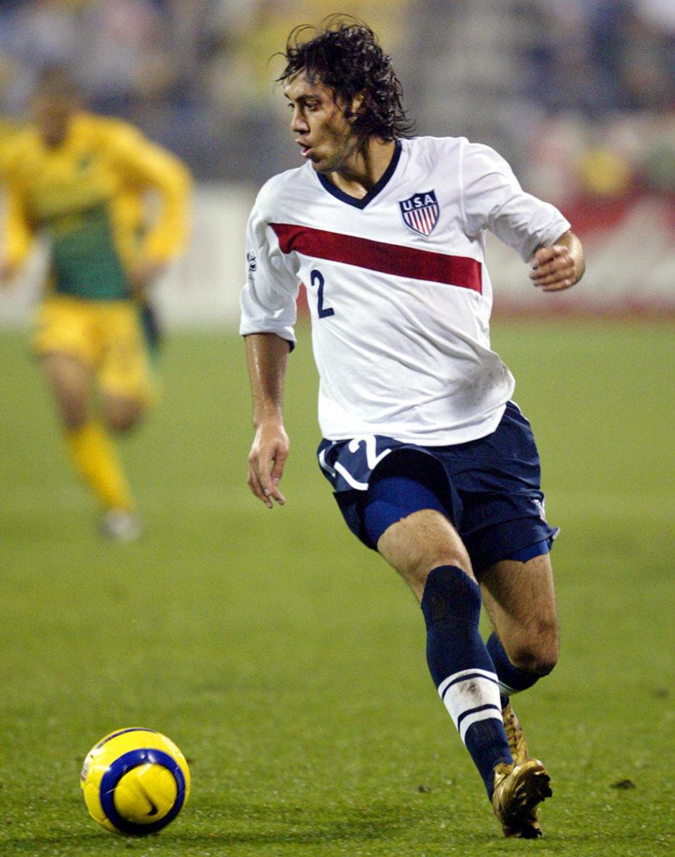 2004-USA-third-uniform-Clint-Dempsey.jpg